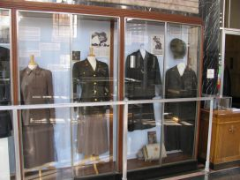 Women military history exhibit